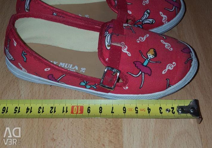 26 țesături papuci