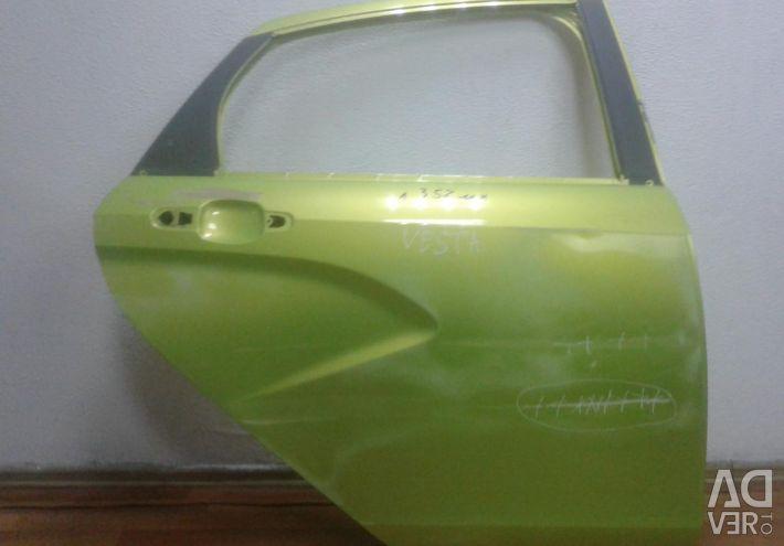 Door back right Lada Vesta oem 8450039383 (dents) (skl-3)