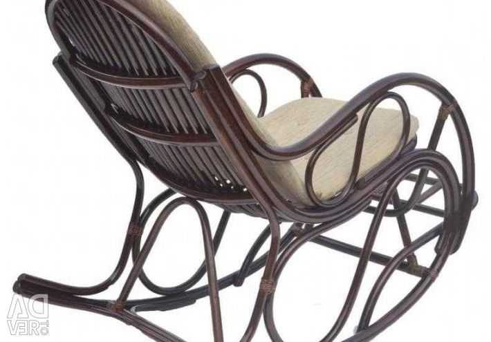 Rattan rocking chair with thin pillow