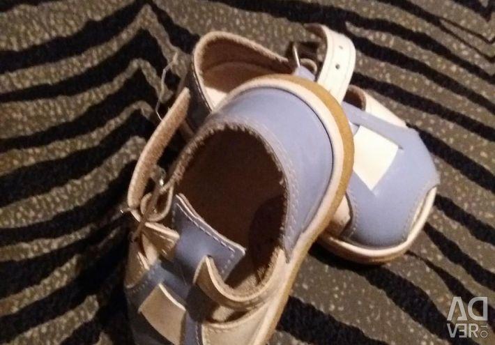 Children's sandals 10 cm (per second)