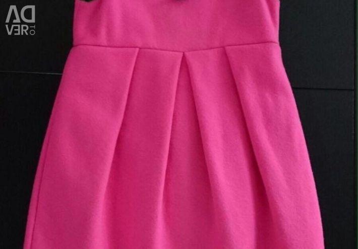 Платье blumarine, 4 года