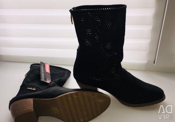 New boots demi r. 38