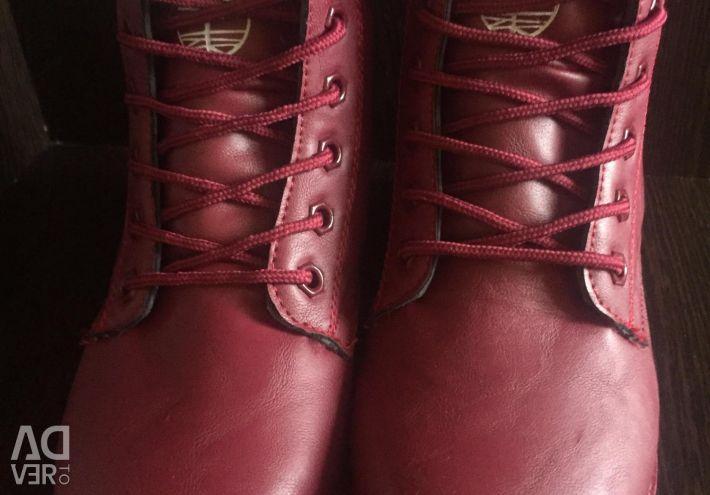 Ботинки зима кожа 36,38 маломмеры на 1-2
