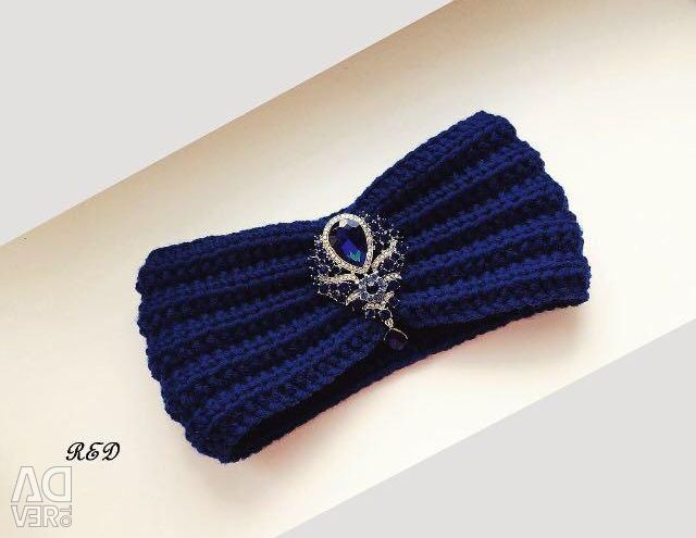 Blueberry turban bandage with a brooch