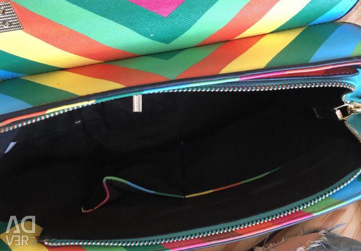 Φωτεινή καλοκαιρινή τσάντα