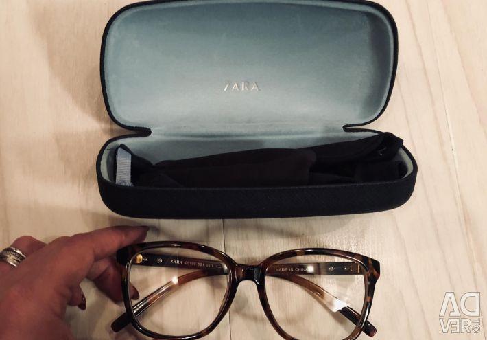 Τα γυαλιά Zara