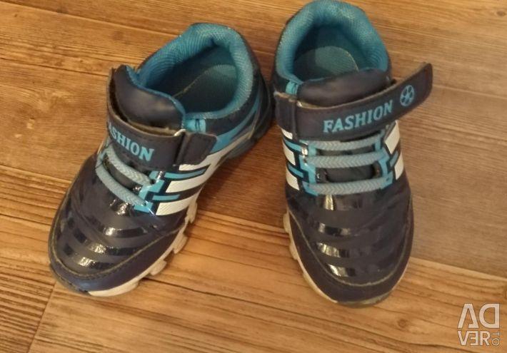 Children sneakers 26