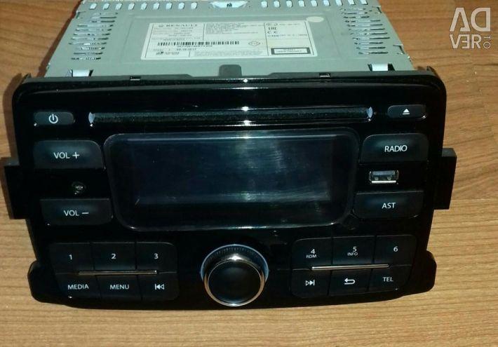 Radio receiver Nissan Terrano new