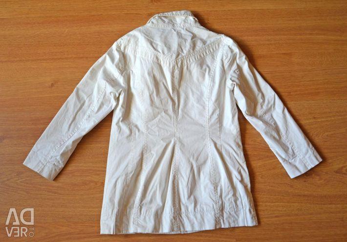 Куртка-вітровка жіноча біла, 44-46 розмір