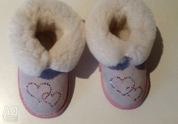 New Sheepskin Boots for Girls