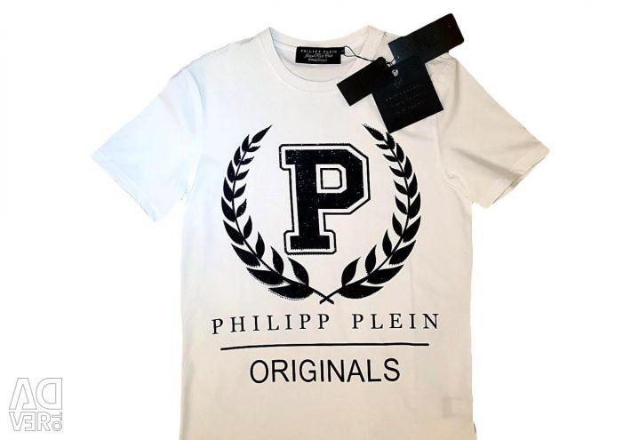 Ο Philipp Plein φωτίζει τα πρωτότυπα μπλουζάκια