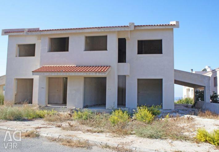 Два Неполные Дома в Пафосе