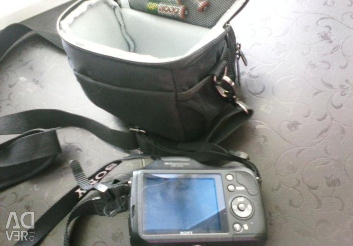 Sony DSC-H100 Camera