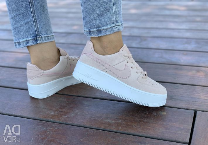 Nike force new