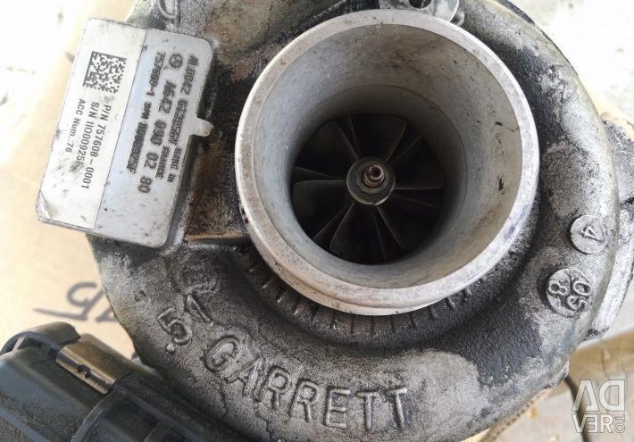 The turbine to the diesel engine bu capacity of 218 liters.