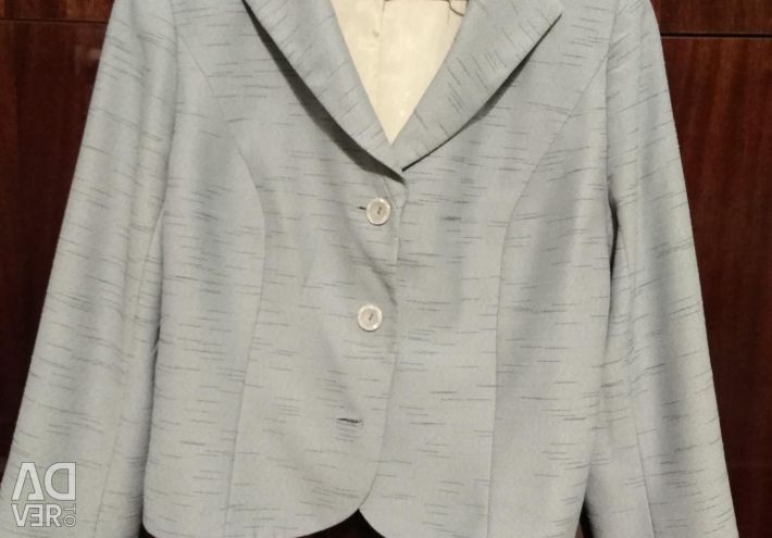 Women's suit (jacket and skirt) Size 48.