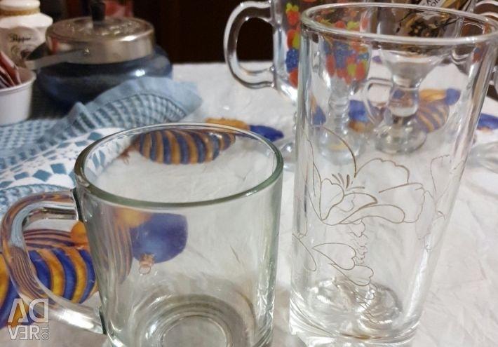 Γυαλιά, ποτήρια, φλιτζάνια 14τμχ.