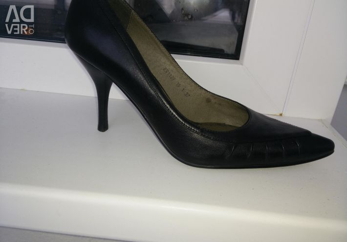 Leather shoes 37 r