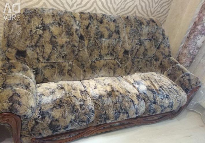 Canapea extensibila moale si 1 fotoliu