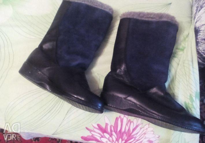 Χειμερινές μπότες.
