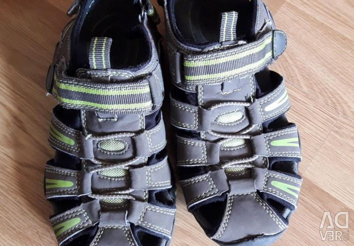 Sandale 33