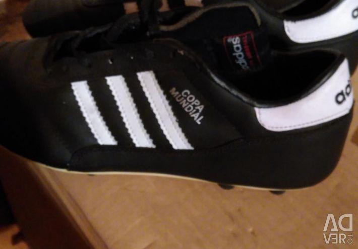 Ποδόσφαιρο μπότες