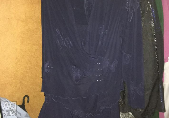 Women's suits of large sizes