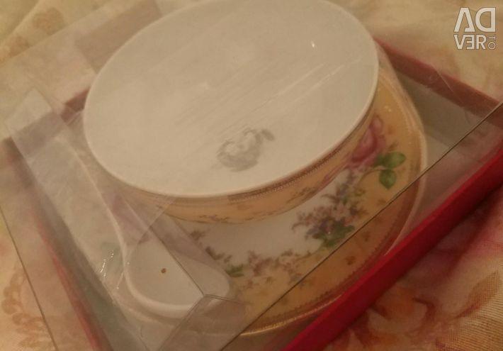 Porcelain for gifts