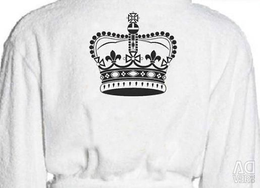 Bathrobe with a crown