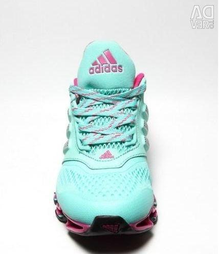 Кроссовки Adidas spring Bounce р 35-36