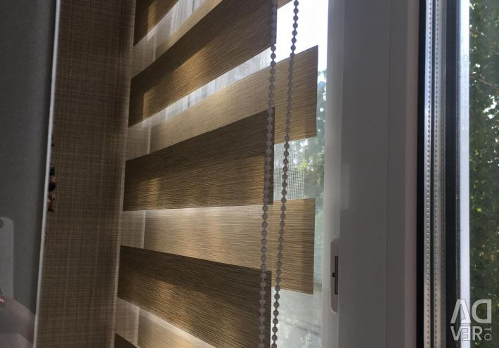 """Blinds """"day, night"""" 2 pieces, size 0.65 x 1.5 m. New"""