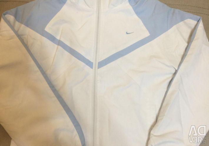 Νέα στολή Nike