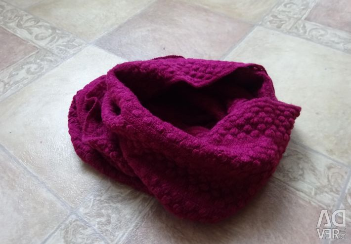 Scarf clamp