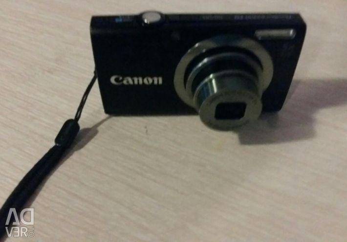 Φωτογραφική μηχανή Canon.