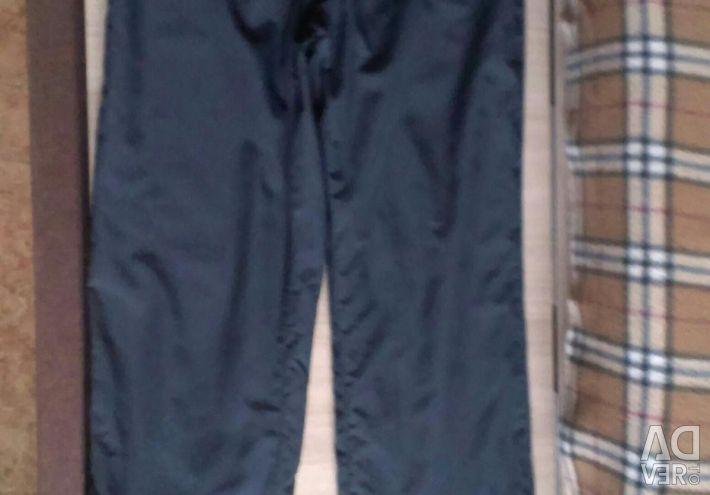 Спортивные штаны на подростка.