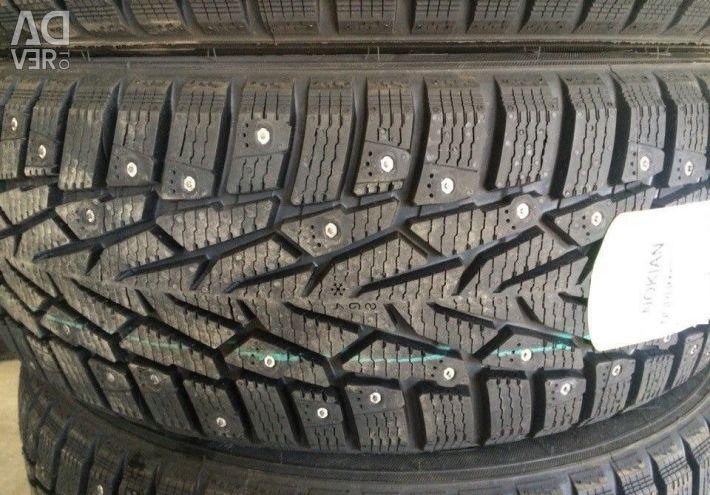 Зимові шини R14 175 70 Nokian