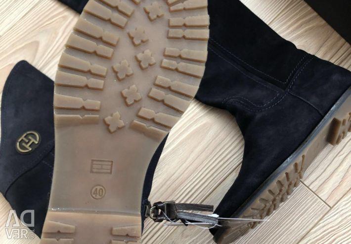 Tommy Hilfiger p.40 νέες μπότες εκτός εποχής