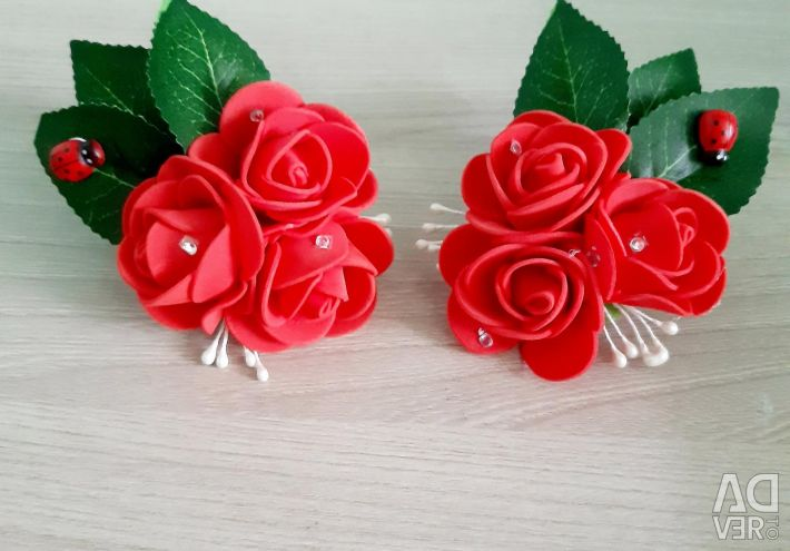 Bouquets of roses for hair