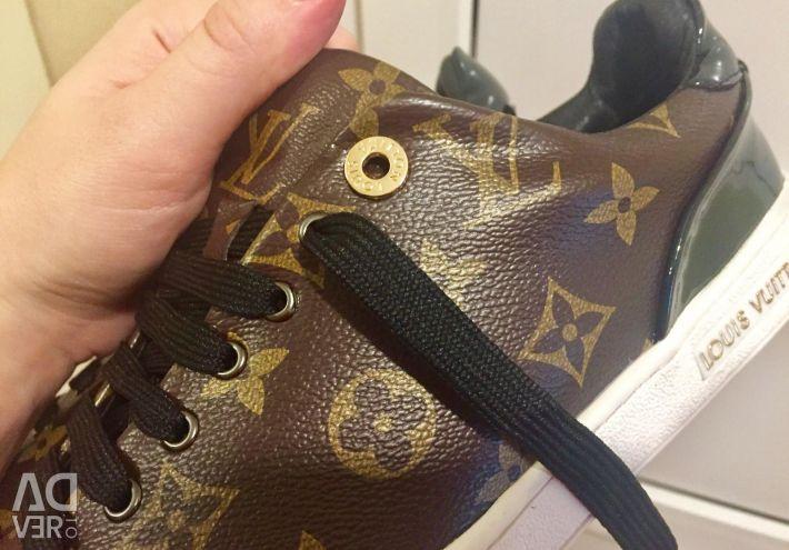 Новые кроссовки (кеды) Louis Vuitton