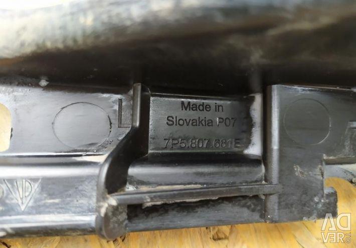 Решетка бампера L Porsche Cayenne 958