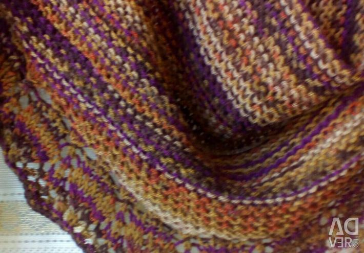Scarf Cinnamon. Manual work.