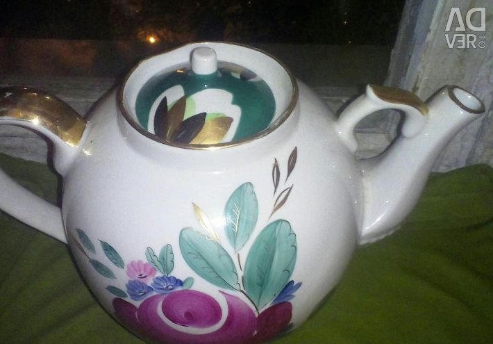 A teapot, for 4,5 liters, Dulyovo.