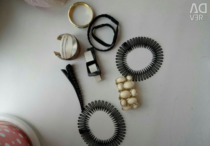 Accessories for hair and bracelets