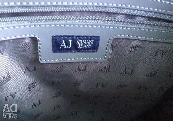 Geanta pentru blugi de la Armani