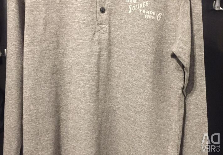 Button-down T-shirt
