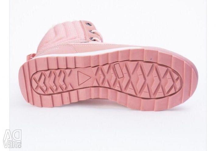 Зимові жіночі черевики