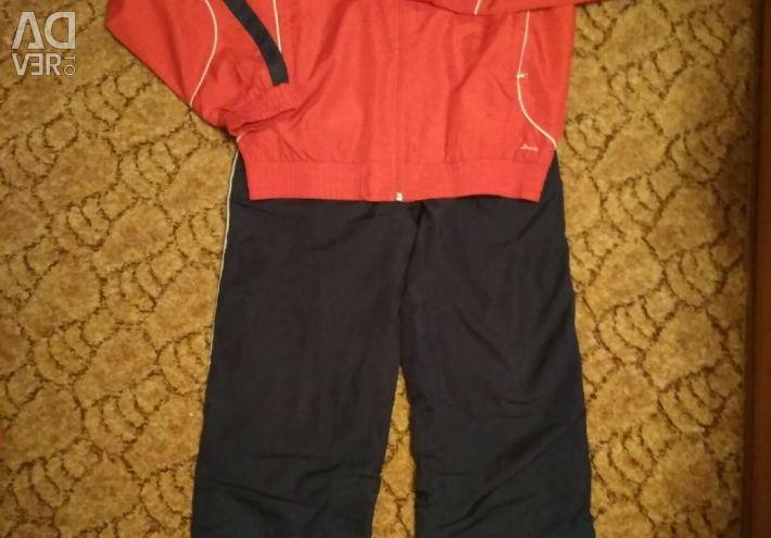 Costum sportiv Demix