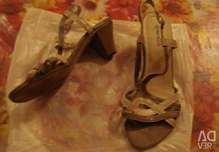 Sandals easy, firms-RONZO.Size-39.