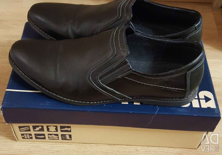 Boots 42 size
