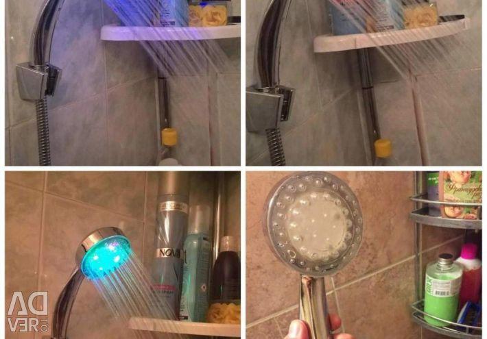 Capul de duș strălucitor